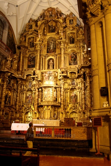 Inside La Compañia