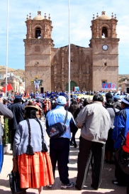 Protest outside Puno's cathedral
